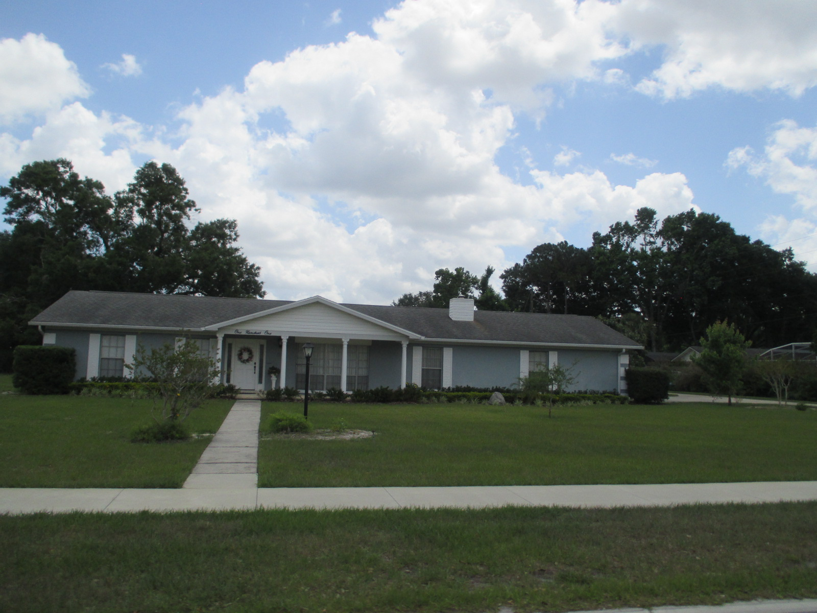 We buy houses FL in Escambia County. Sell my house fast Escambia County for cash.