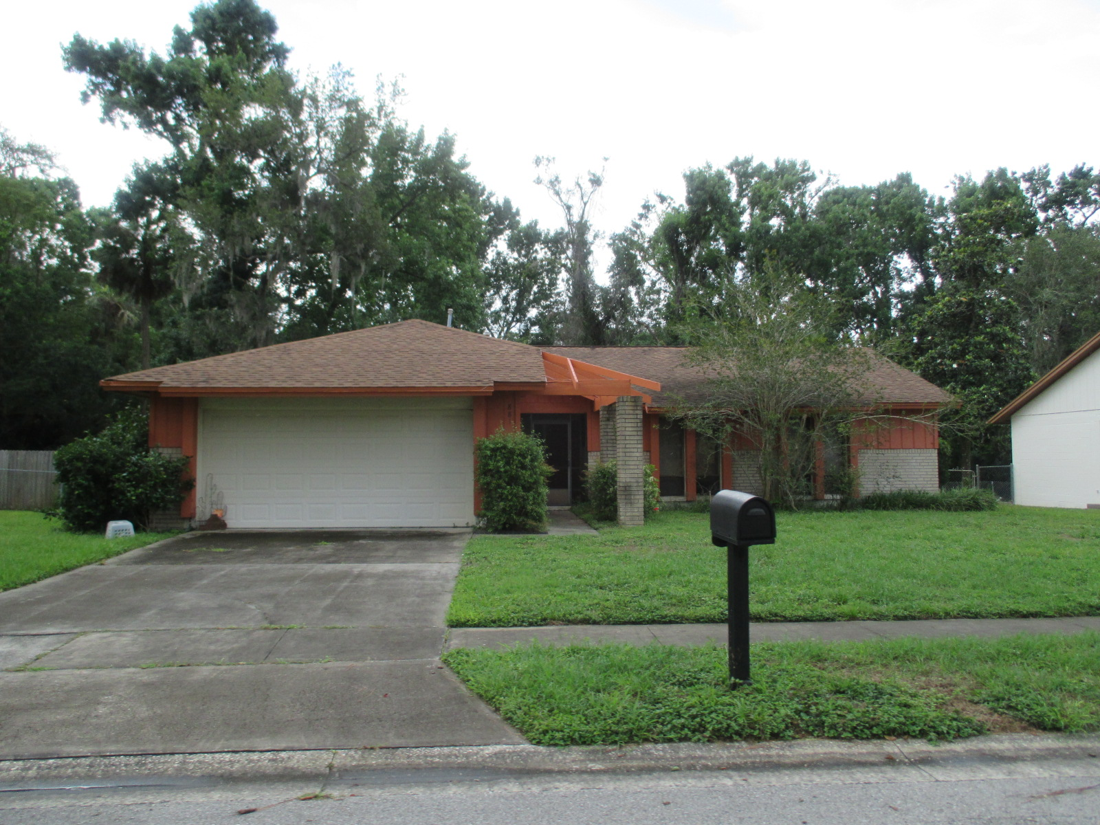 We buy houses FL in Fort Pierce. Sell my house fast Fort Pierce for cash.